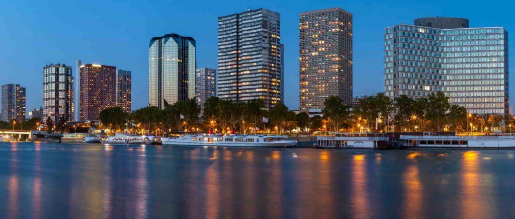 Quartier de Grenelle PARIS - nuit SCPI bureaux