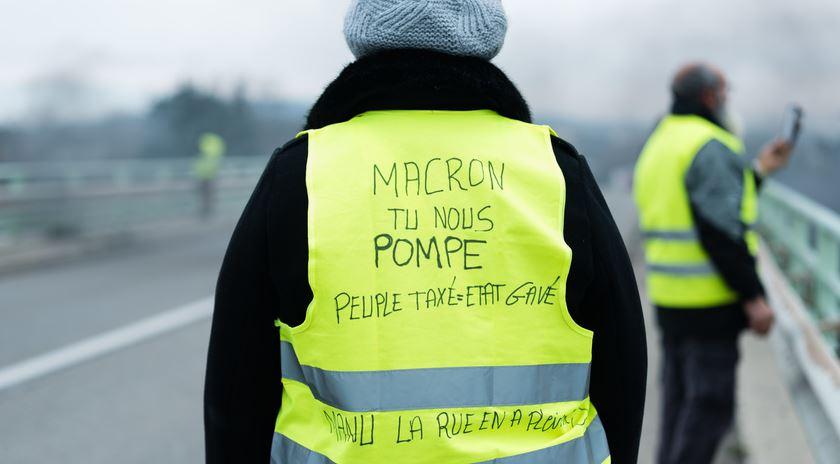 Edito Decembre 2018 : Gilets jaunes Macron